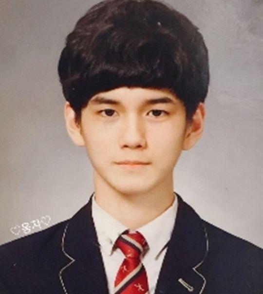 """Wanna Oneオン・ソンウの学生時代の写真が話題に 「人生が""""ナムチンチャル""""」"""