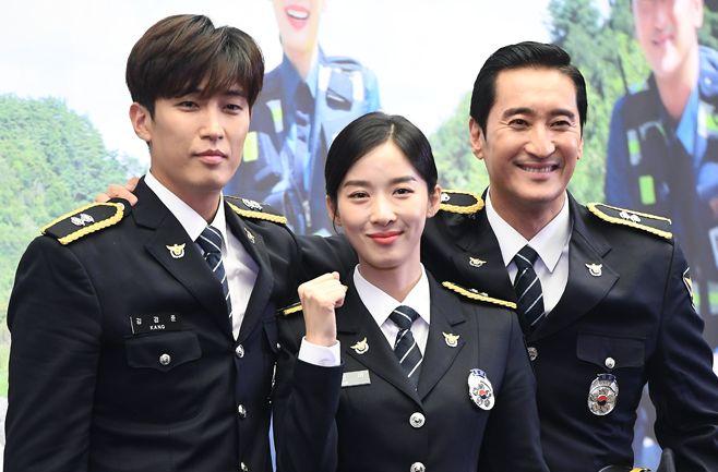 カン・キョンジュン&イ・チョンア&シン・ヒョンジュン、「田舎の警察4」制作発表会に出席