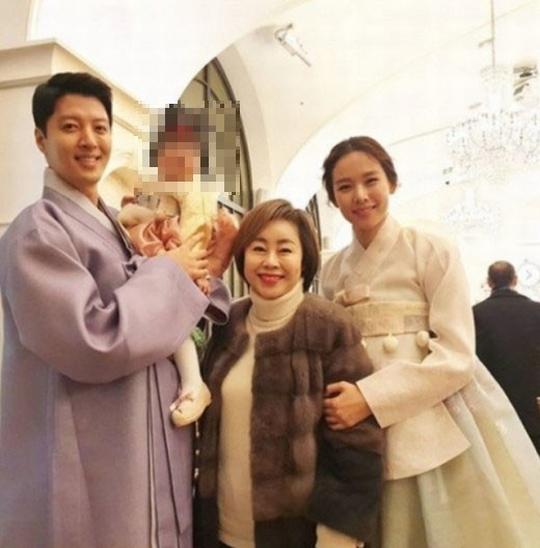 チョ・ユニ、娘ロアちゃんの顔がSNSで露出され不快感「望んでいないので削除してほしい」