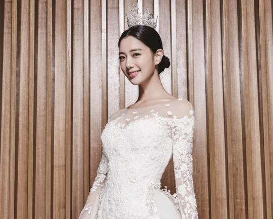 女優クララ、2歳年上在米韓国人事業家と6日に米国で挙式! 新居は最低でも4億円台の超高級億ション