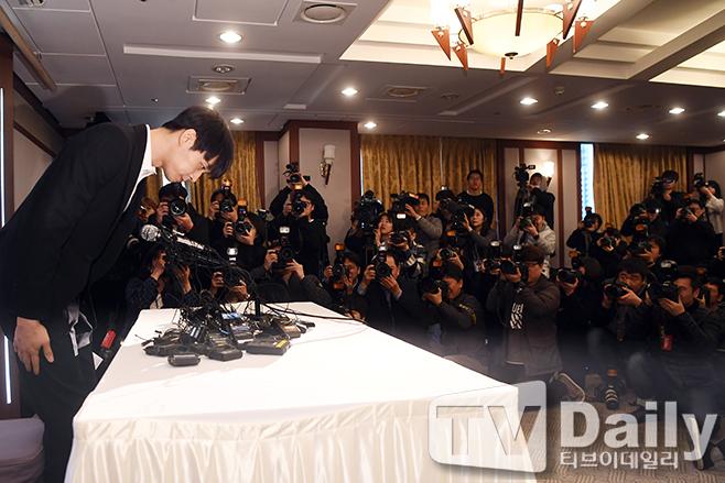 【動画】JYJユチョンが緊急記者会見で疑惑を完全否定「麻薬はただの一度もない」
