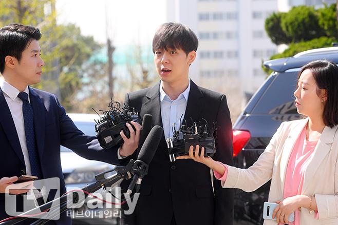 JYJユチョンが京畿南部地方警察庁に出頭!「誠実に取り調べに臨みます」